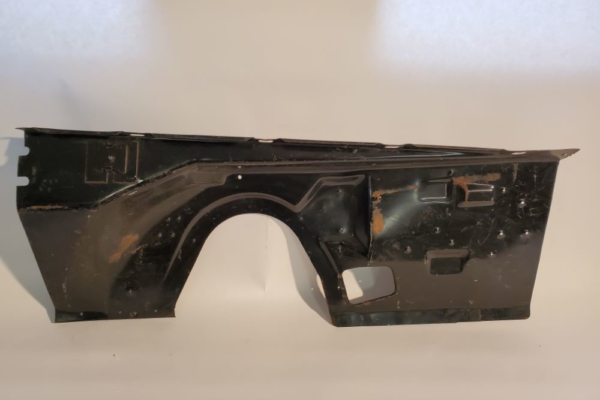 Mopar NOS 1970 1971 Plymouth Hemi Cuda,Dodge Challenger Left and Right Inner Fender Panels 3642333 and 3642966